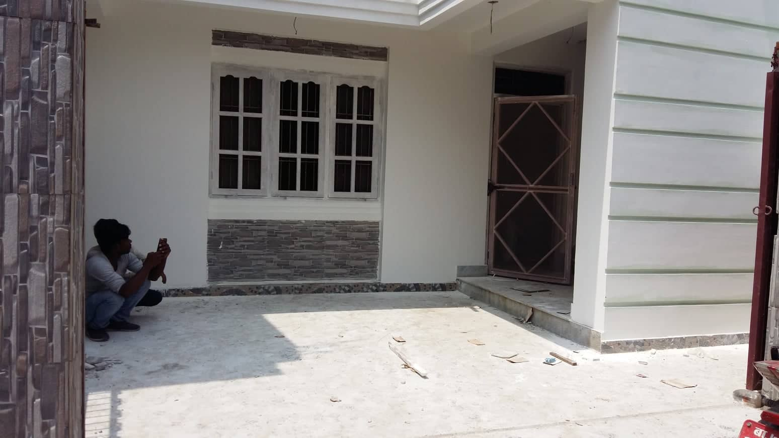 house_at_tikathali_(3).jpg