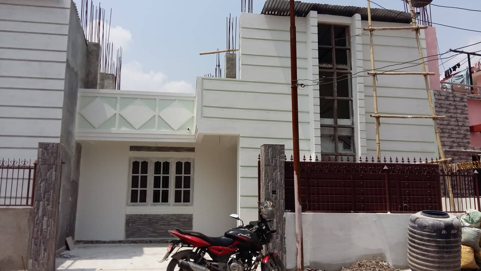 house_at_tikathali_(6).jpg
